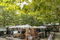 Marché bio sur la placette de Port-en-Dro à Carnac