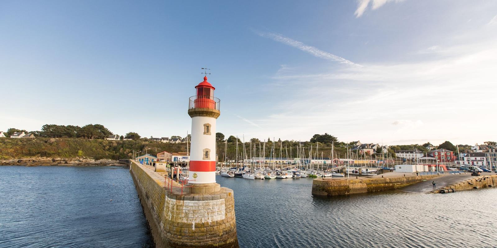 Port Tudy sur l'île de Groix copyright-Simon BOURCIER-Morbihan Tourisme