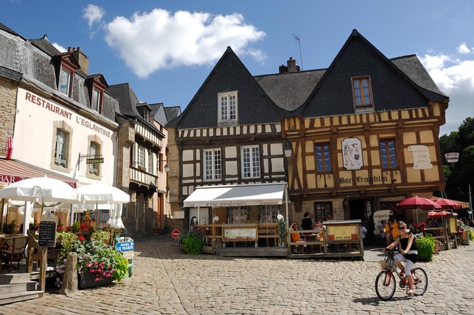 Maisons en pans de bois à Auray cité d'art copyright LE GAL Yannick crtb
