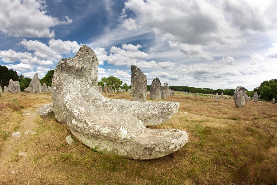 Les alignements de menhir de Kermario à Carnac