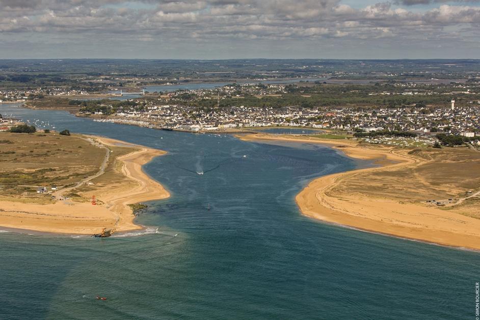 Vue aérienne sur la Ria d'Etel copyright Simon BOURCIER Morbihan Tourisme