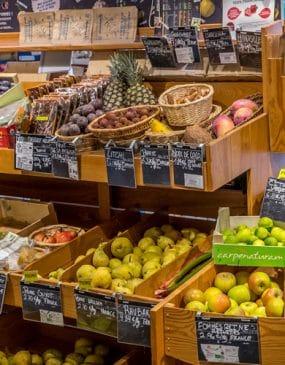 Shopping et commerces à Carnac ici le magasin Bio Biocoop